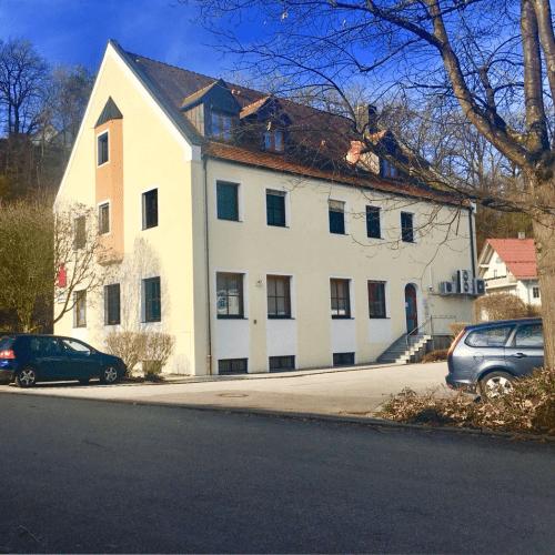 Parkplatz Rückseite